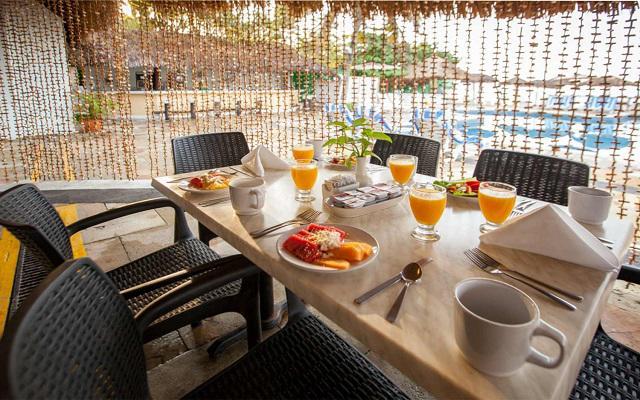 Hotel Park Royal Huatulco, escenario ideal para tus alimentos