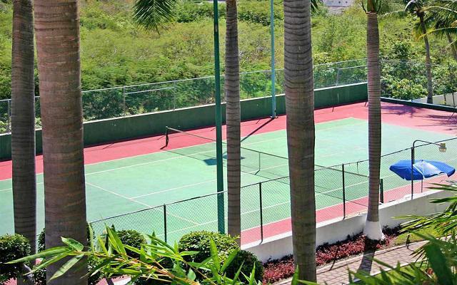 Hotel Park Royal Huatulco, cancha de tenis