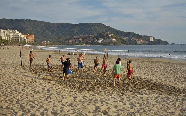 Hotel Park Royal Ixtapa, cancha de voley