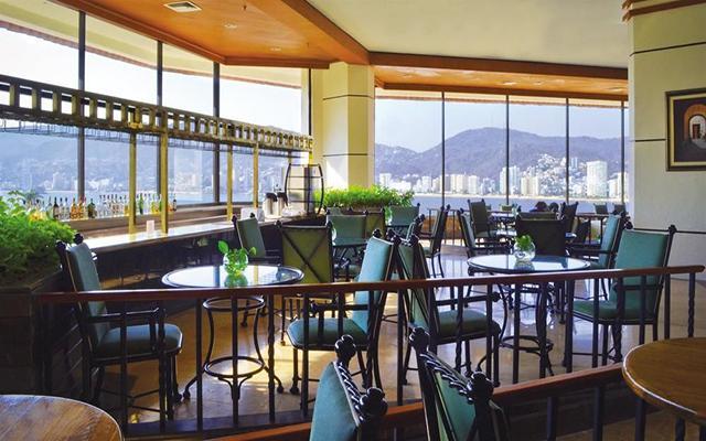 Hotel Park Royal Acapulco, Lobby Bar