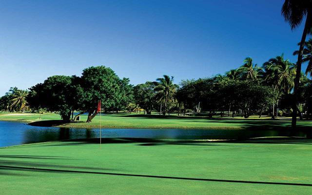 Hotel Pierre Mundo Imperial Riviera Diamante Acapulco, disfruta un partido de golf