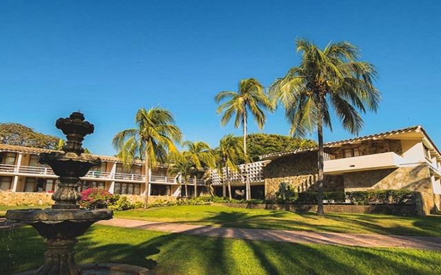 Hotel Pierre Mundo Imperial Riviera Diamante Acapulco, pasea por los lindos jardines