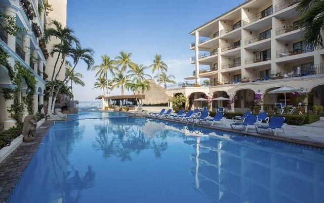 Hotel Playa Los Arcos Beach Resort and Spa, disfruta de su alberca al aire libre