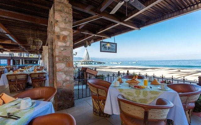 Hotel Playa Los Arcos Beach Resort and Spa, escenario ideal para tus alimentos