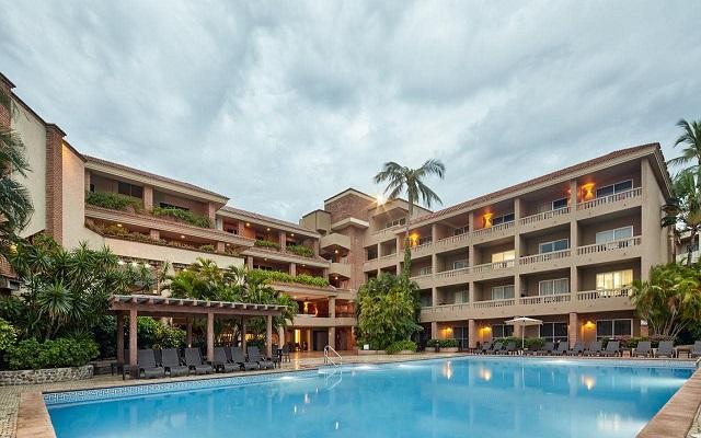 Hotel Playa Mazatlán - All Inclusive, disfruta su alberca al aire libre