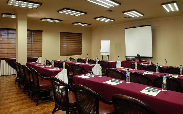 Hotel Playa Mazatlán, ideal para viajeros de negocio