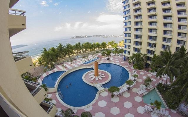 Hotel Playa Suites Acapulco, disfruta de su alberca al aire libre