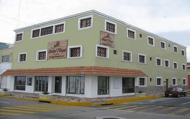 Hotel Playa Veracruz, buena ubicación enfrente de la playa