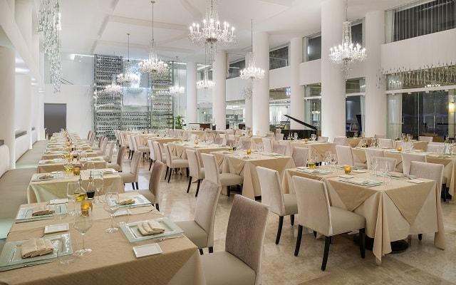 Hotel Playacar Palace, lujo y diseño