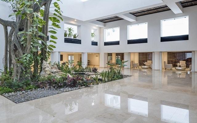 Hotel Playacar Palace, atención personalizada desde el inicio de tu estancia