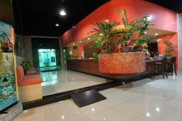 Lobby Hotel Plaza Caribe Cancún