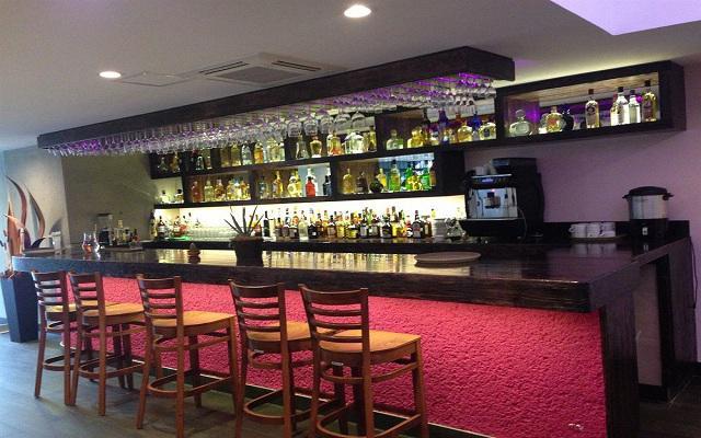 Hotel Plaza Garibaldi, Restaurante - Bar