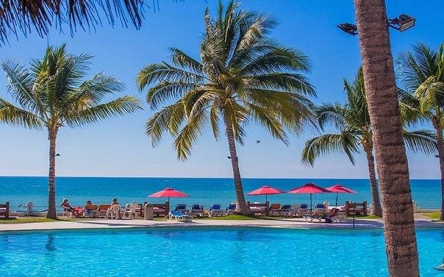 Hotel Plaza Pelícanos Club Beach Resort, buena ubicación