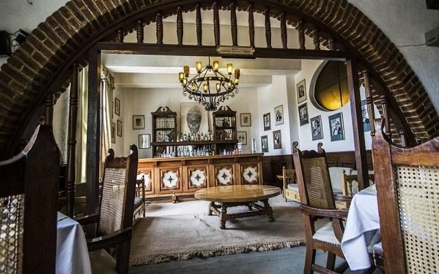 Hotel Posada la Ermita, relájate en el bar
