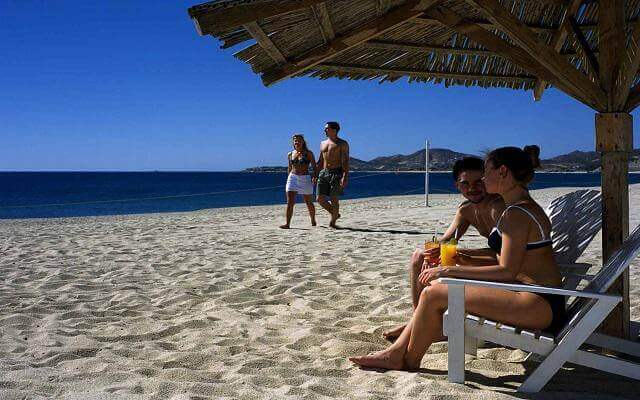 Hotel Posada Real Los Cabos, descansa en su playa privada