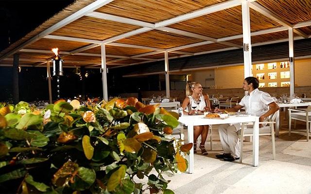 Hotel Presidente Intercontinental Cancún Resort, Restaurante Le Cap