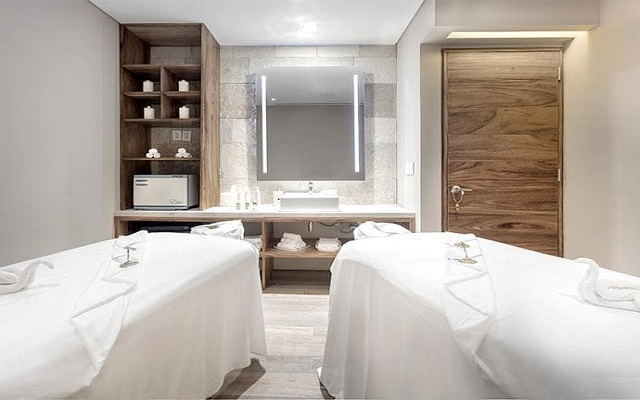 Hotel Presidente Intercontinental Cancún Resort, permite que te consientan con un masaje
