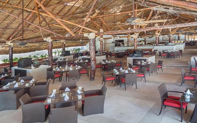 Hotel Presidente Intercontinental Cancún Resort, Restaurante El Caribeño