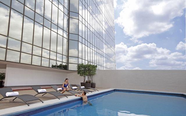 Hotel Presidente Intercontinental Guadalajara, disfruta de su alberca al aire libre