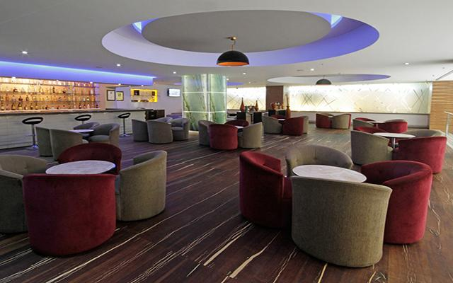 Hotel Presidente Intercontinental Guadalajara, disfruta una copa en buena compañía
