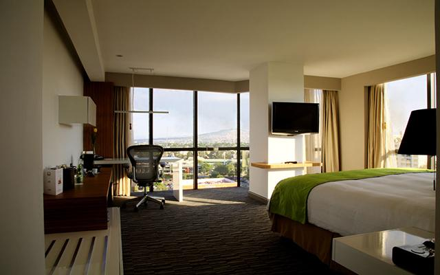 Hotel Presidente Intercontinental Guadalajara, habitaciones con todas las amenidades