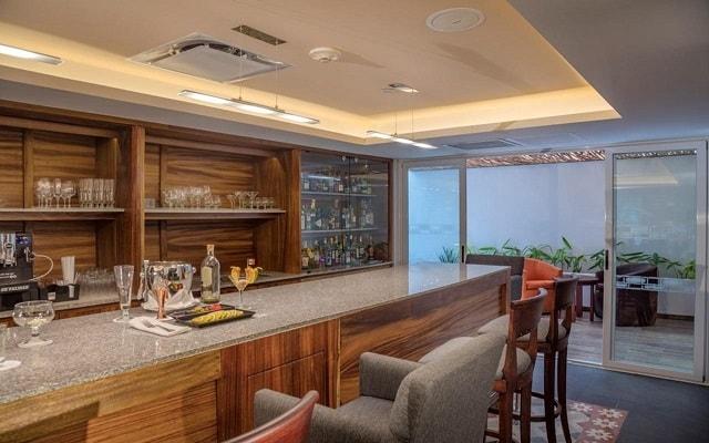 Hotel Presidente InterContinental Villa Mercedes, relájate en el bar