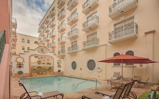 Hotel Presidente InterContinental Villa Mercedes, lujosas instalaciones