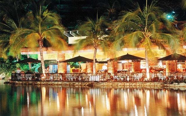Hotel Princess Mundo Imperial Riviera Diamante Acapulco, tu cena en espacios agradables