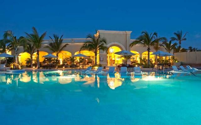 Hotel Pueblo Bonito Emerald Bay Resort and Spa, atención personalizada desde el inicio de tu estancia