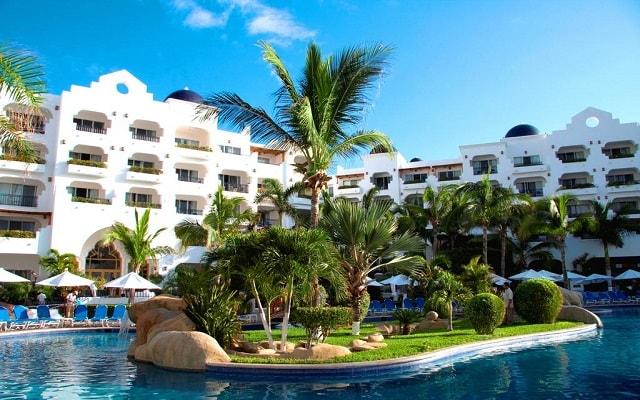 Hotel Pueblo Bonito Los Cabos Beach Resort, disfruta de una estancia llena de confort