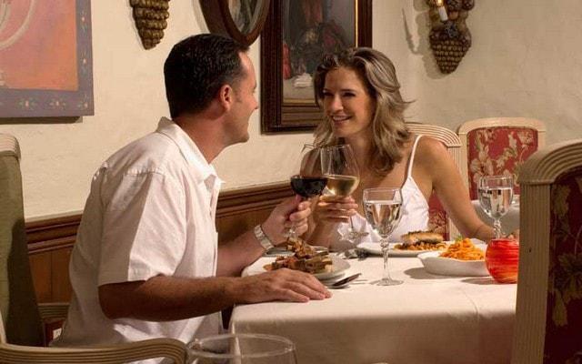 Hotel Pueblo Bonito Mazatlán ofrece tres restaurantes