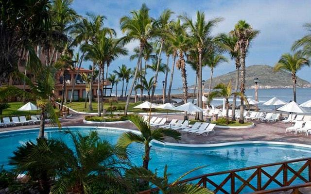 Hotel Pueblo Bonito Mazatlán, admira la belleza del mar