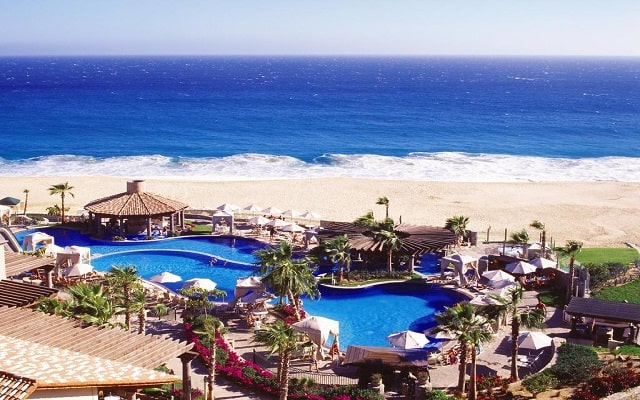 Hotel Pueblo Bonito Sunset Beach Resort and Spa, disfruta de su alberca al aire libre