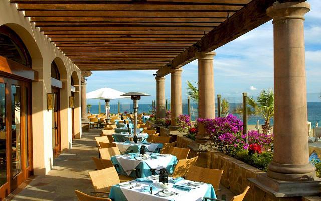 Hotel Pueblo Bonito Sunset Beach Resort and Spa, escenario ideal para tus alimentos