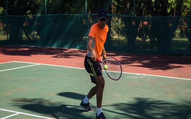 Hotel Qualton Club Ixtapa, cancha de tenis