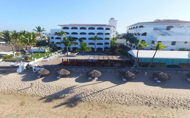 Hotel Quijote Inn, amenidades en la playa