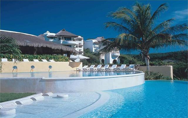 Hotel Quinta Real Huatulco, disfruta de su alberca al aire libre