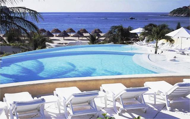 Hotel Quinta Real Huatulco, cuenta con club de playa