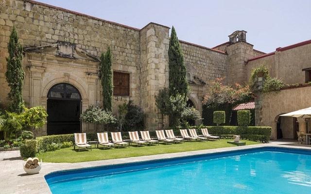 Hotel Quinta Real Oaxaca, disfruta de su alberca al aire libre