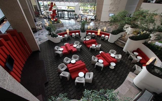 Hotel Radisson Paraíso Perisur, atención personalizada desde el inicio de tu estancia