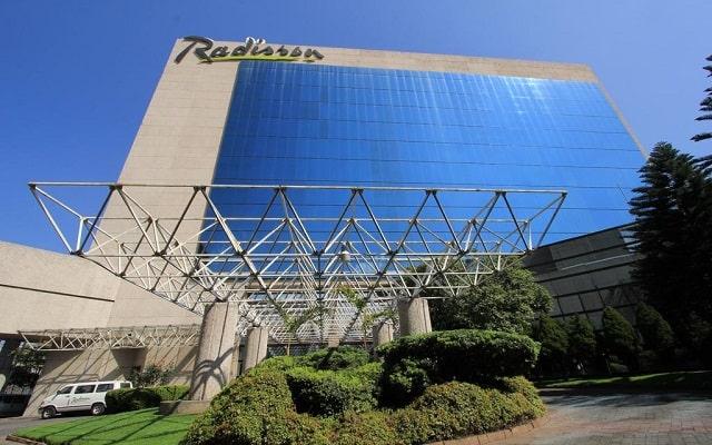Hotel Radisson Paraíso Perisur, buena ubicación