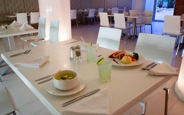 Hotel Ramada Cancún City, escenario ideal para tus alimentos
