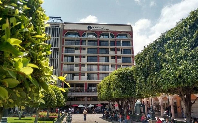 Hotel Ramada Plaza León en León
