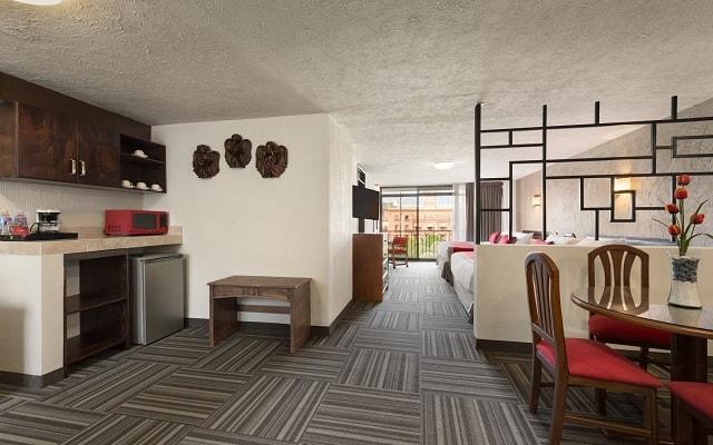 Hotel Ramada Plaza León, espacios diseñados para tu descanso