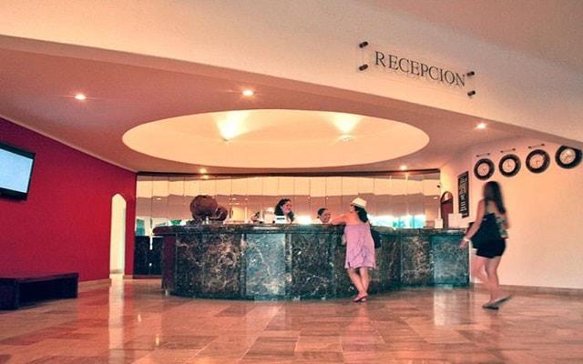 Hotel Ramada Resort Mazatlán, atención personalizada desde el inicio de tu estancia