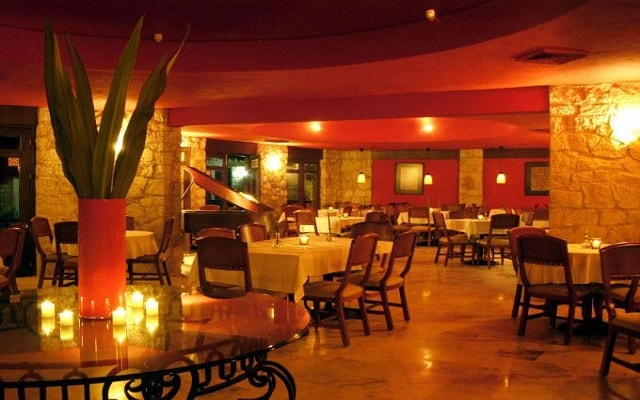 Hotel Ramada Resort Mazatlán, Restaurante Beach Grill