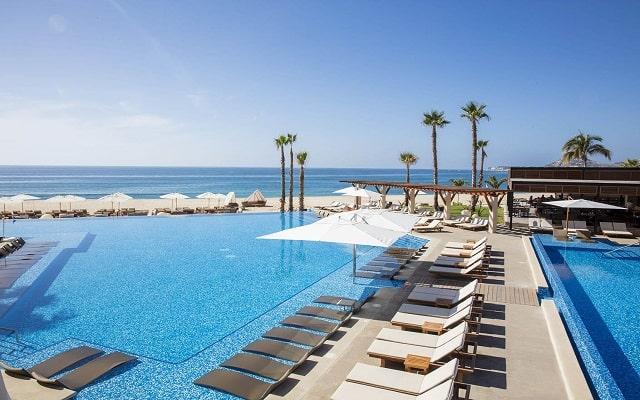 Hotel Reflect Krystal Grand Los Cabos, disfruta cada instante de tu descanso