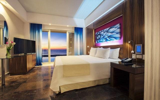 Hotel Reflect Krystal Grand Los Cabos, confort en cada sitio
