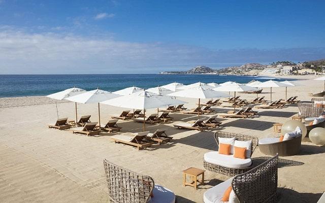 Hotel Reflect Krystal Grand Los Cabos, relájate en la playa