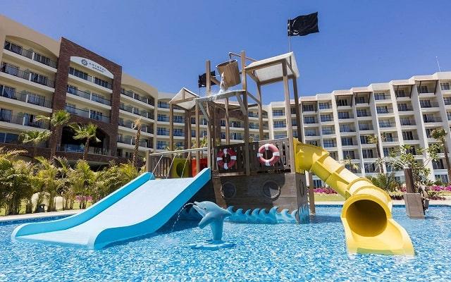 Hotel Reflect Krystal Grand Los Cabos, alberca para niños